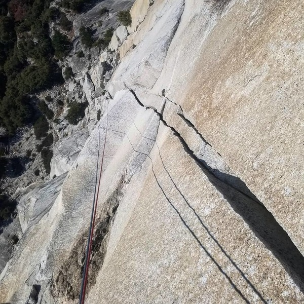 Looking down the long 5.10 p6 175ft of some easy o.w. and superb crack climbing