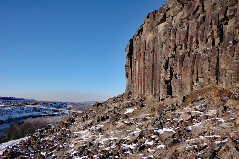 Despite the convenient proximity to downtown Boise and over two hundred routes, the Black Cliffs are rarely busy--especially in winter!