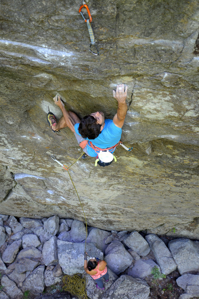 Moving up the crux scoop on In Pursuit of Happiness (13a).