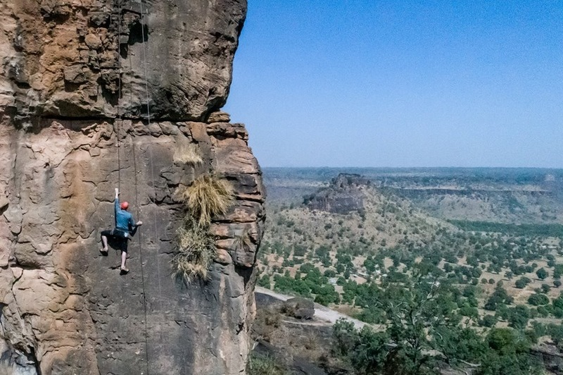 Climbing the arch (sport route) in Siby (2018)
