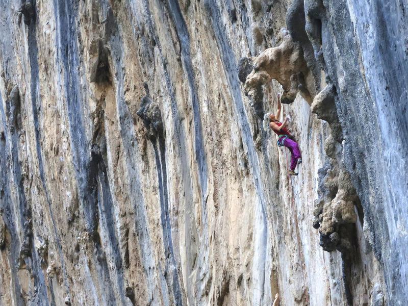 Climber on Bizarre Contact (12b), Las Animas, El Salto.