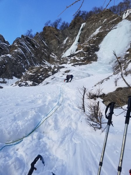 Approaching the first pitch from the initial belay.  The top pitch can be seen at the very upper right.