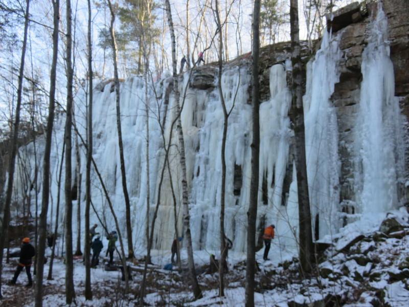 Upper Schoolroom Main Flow (early farmed ice), 9Dec18
