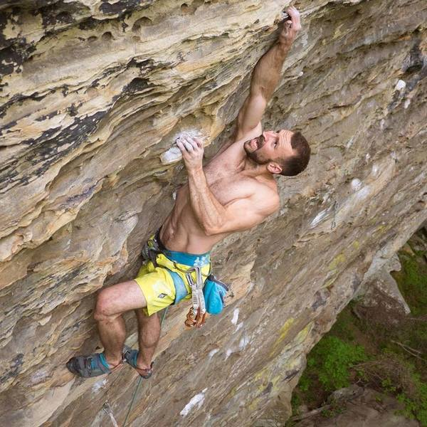 Kyle Harmon-Townsend fighting through the onsight of Fight Test (5.12b), Cloud 9, MFRP, RRG.<br> Insta: @dirtysouthclimber