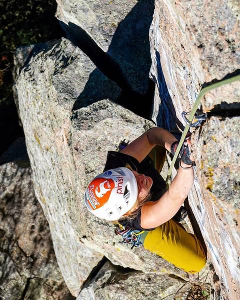Isabelle Kraus on the final finger crack of La Proa.<br> <br> Photo by Mauricio Herrera Cuadra.