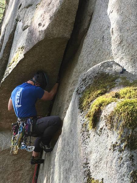 there's a perch to climbers right where you can get great shots as the climber makes the undercling traverse