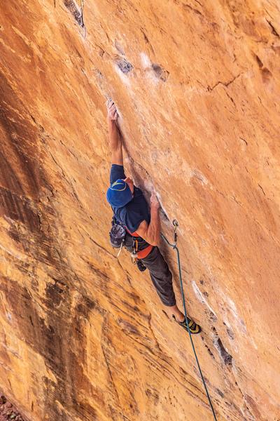 Harrison Teuber climbs Monster Skank