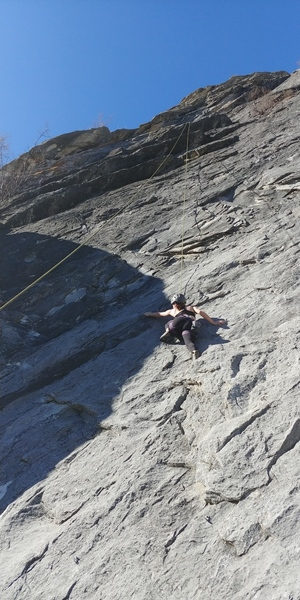 Ambre top roping Walk the Line