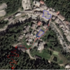 Parking (blue) and start of approach (red) from town center of Noasco