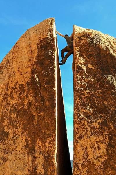 Climbing plumber crack