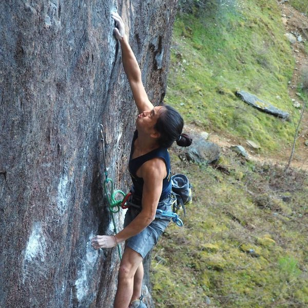 Tim Iwako showing that you can still do the crux move at 5' 1''