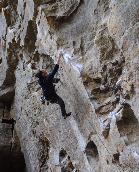 At the crux of Ro Shampo (5.12a) on the send go! | Photo: Libby McComb