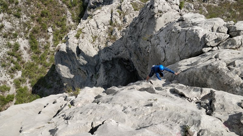 The last pitch, easy (but runout) after the slab