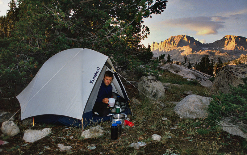 Guy Johnson brewing up at the end of Day 1. The next day would see us up in the beautiful valley above Peak Lake.