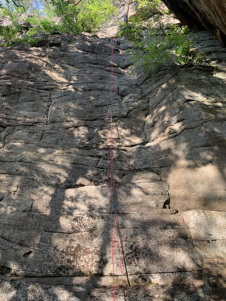 rope hung on line after leading, line follows right crack