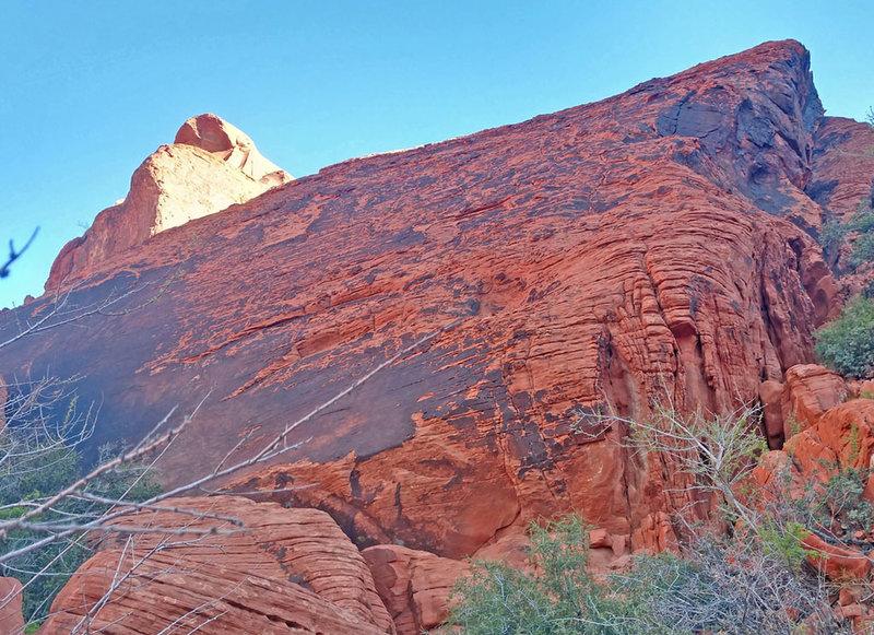 bottom of P2 of Red Slippers on SSW ridge of Calico Peak