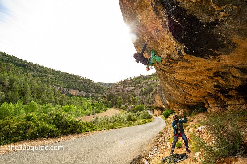 """Alberto Rao climbing """"Miguel el Casero"""" (28/7c ) at El Laboratori, Margalef"""