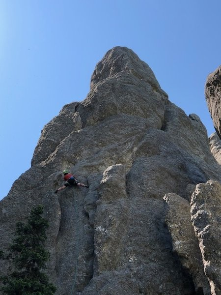 Mark Rafferty Stemming his way up the first pitch of Spire one on his Picnic Traverse Day