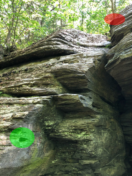 Left Cave Crack start (green) and top out (red) holds