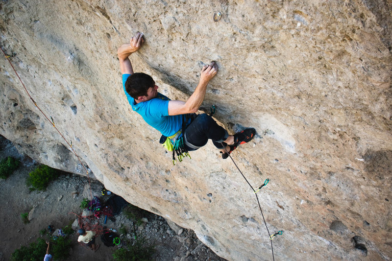 Pulling the lower crux, photo by ali gingrey.