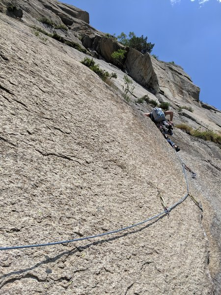 Ronda just past the difficulties of the 3rd pitch of Pesce D'Aprile.
