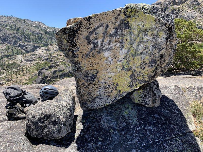 Summit boulder. Slay it!