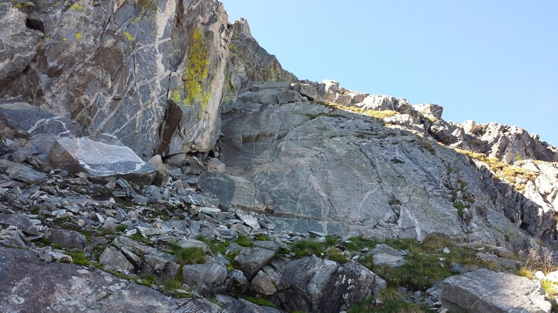 The crux slab, just before reaching the summit of Beehive.