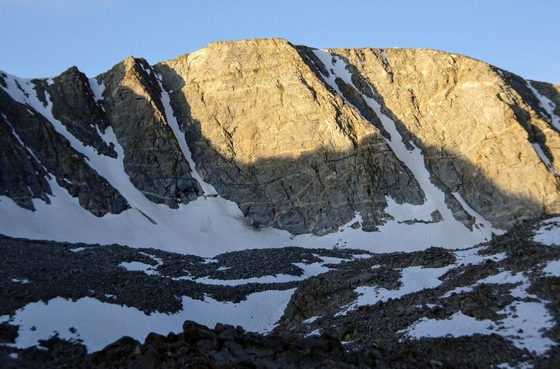 The three main couloirs on Goethe's western summit.
