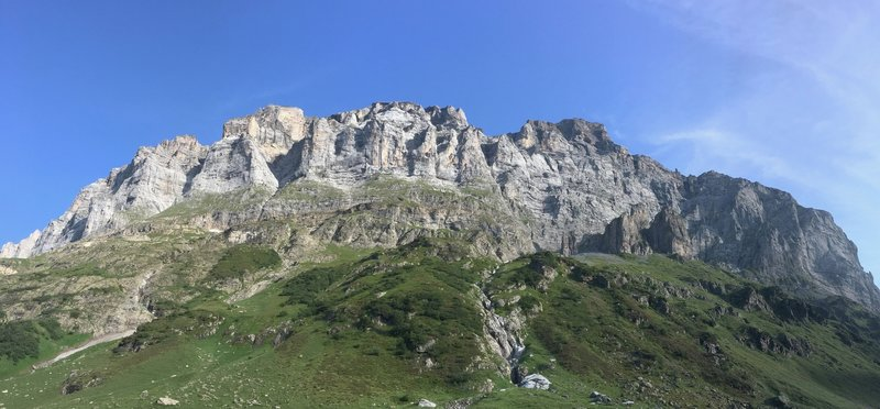 Wenden pano. Steep approach!