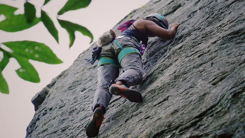 Sofia maneuvers the crux. Somewhere between 4th and 5th clip