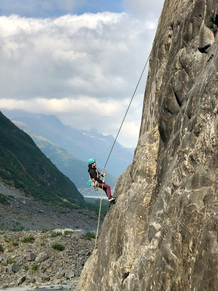 Natsuko rappelling On Hungry Time