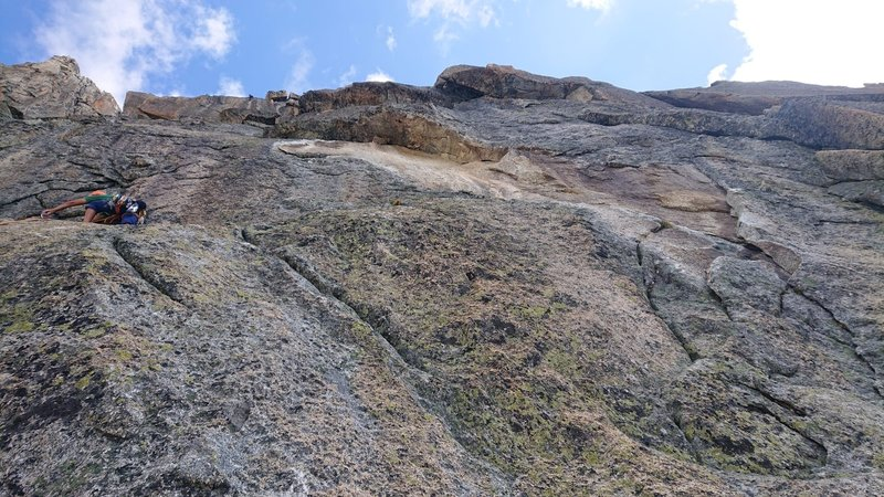 Trying the left hand way up P3... note obvious rock scar.