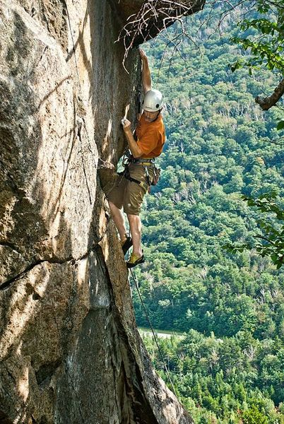 Jon Sykes making the FA of Fifty Ways to Stay Young 5.11c/d, 80'. Photo by: Jamie Cunningham.