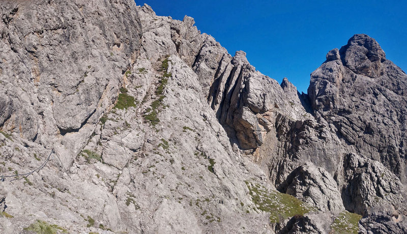 start of cable and first part of NW end of VF Panorama ridge traverse