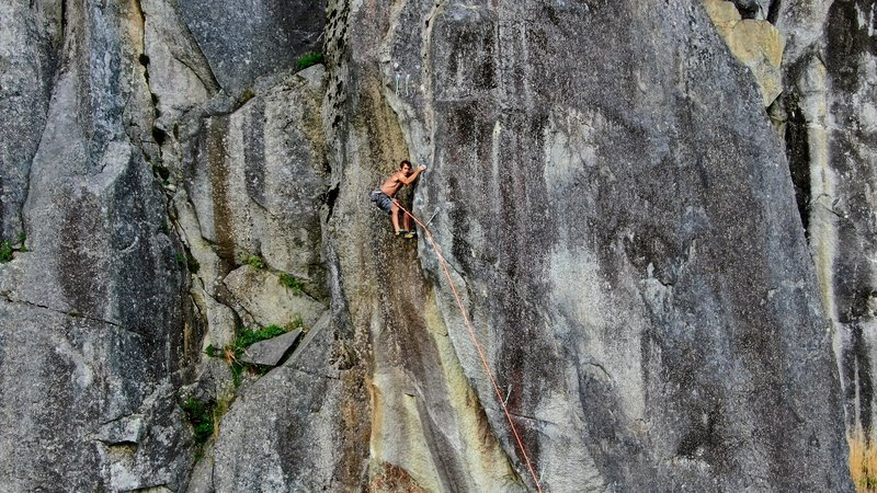 Scott Welch photo, Michal Rynkiewicz enjoying the climbing on p2.