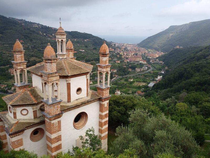 View from Rocca di Perti road down to Finalborgo.