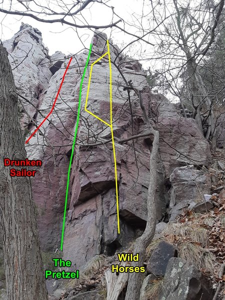 Right-most section of Pseudo Hawk's Nest. Leaning Tower gully is just a bit to the right.