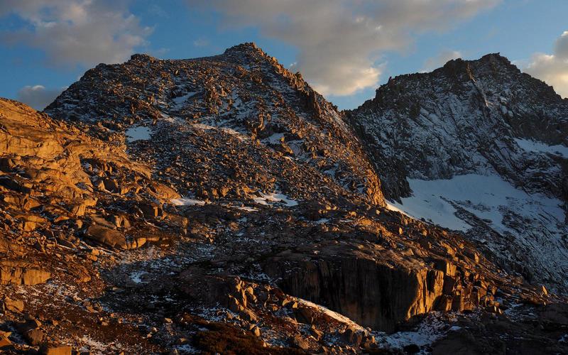 Eagle Scout Peak and new snow at Kaweah Gap - Sept 2017