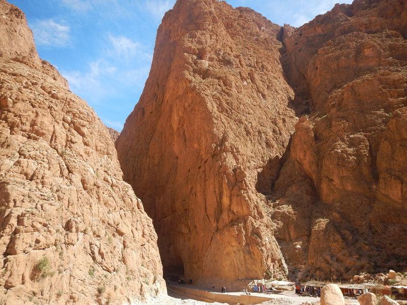 Arrête nord Todgha gorges, Aventures verticales Maroc