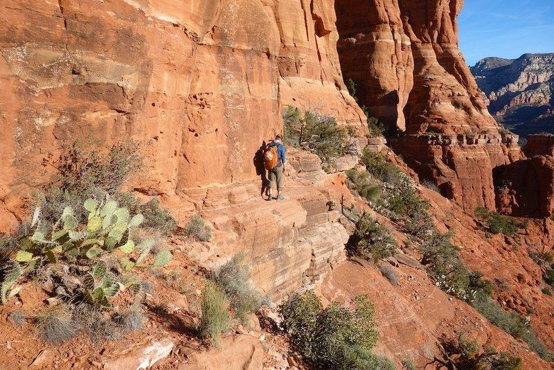 Exposed ledge traverse to base of Trundler's Buttress.