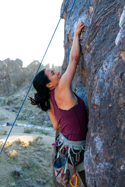 Yvonne H keepin' her cool on the crux move