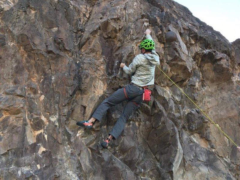 "Me leading ""Falling Stars"" (11d) @ Lookout Mountain, Phoenix, AZ"