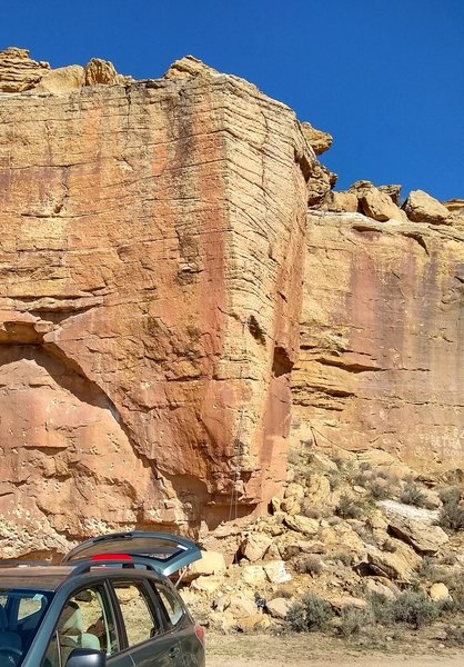 Awesome overhang bouldery start to great arete movement. Approach isn't bad either
