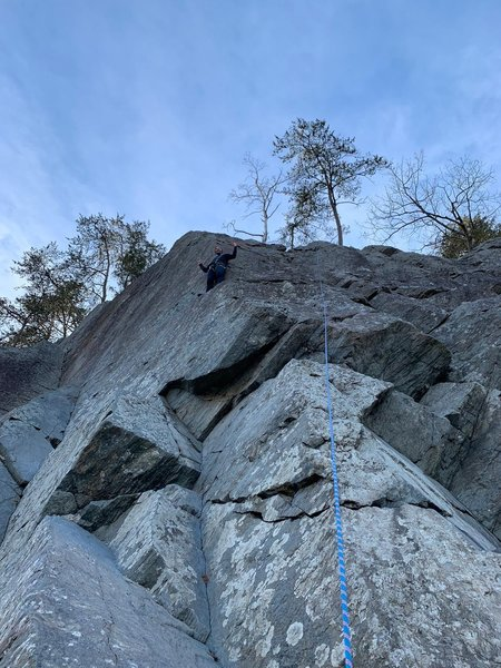 Photo-Op Arete is well named. Take a little break at the ledge before the crux to the top.