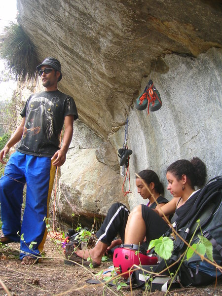 It is the large ledge at the bottom of the wall. It is very comfortable and safe, you can bring everything you need for your climbing day, instead going back and forth from your camp. Left to right: Joel Carrion, Jhonattan Bueno and Edith Rodriguez