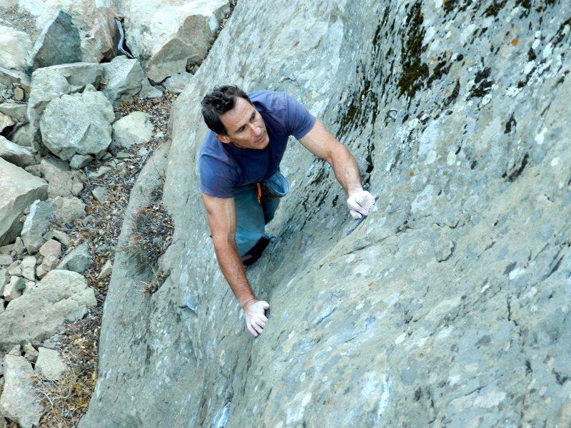 Bouldering in Malibu Canyon