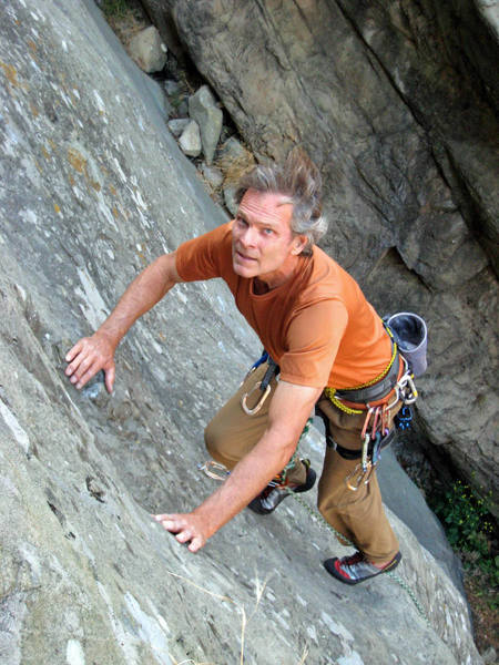 Kevin Madson leading a slab route in Malibu Canyon