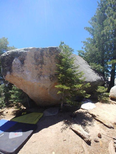 Dihedral Boulder