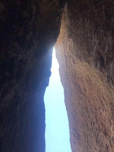 Final chimney. Went left shoulder in and was pretty relieved to get to the slung boulder about 15-20 above last gear which was a 0.75 cam and a marginal, finger-sized c3 above it a few feet.