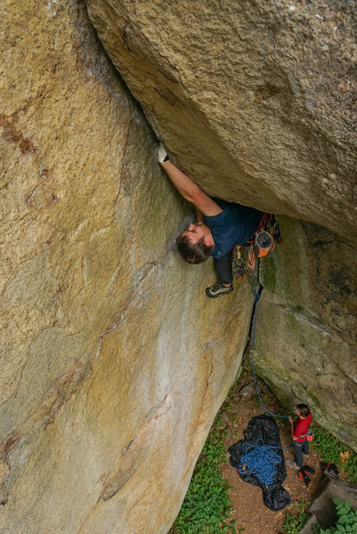 Brendan Maguire rolling through the crux